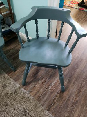 Captains chairs for Sale in Bakersfield, CA