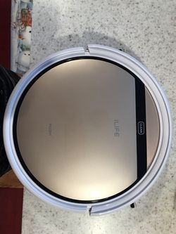 ILIFE ROBOTIC VACUUM CLEANER for Sale in Parker,  CO