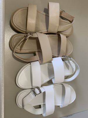 2 pairs of sandals size 40/ for Sale in Hollywood, FL