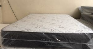 New queen euro top mattress and box spring for Sale in Orlando, FL