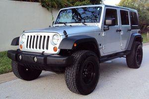 JEEP WRANGLER *BOSE SOUND STUDIO* LOW MILEAGE for Sale in Sterling Heights, MI