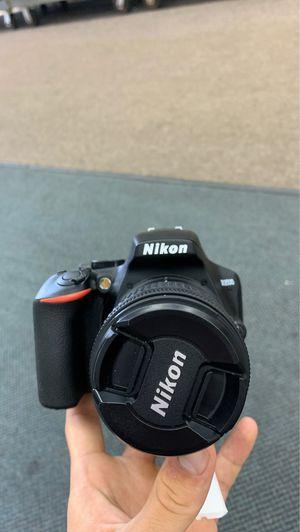 Nikon Digital Camera D3500 for Sale in Land O Lakes, FL