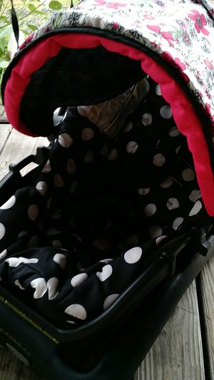 Disney Car seat for Sale in Cleveland, OH