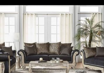 Sofa Love And Chaise for Sale in Detroit,  MI