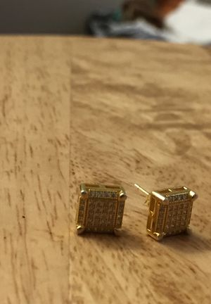 REAL! Gold and diamond earrings for Sale in Columbus, OH