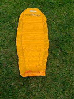 hyalite equipment sleeping pad for Sale in Everett,  WA