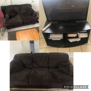 Couches, TV, TV stand. Also have dressers. for Sale in Edinboro, PA