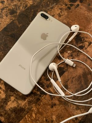 LIKE NEW. iPhone 8 Plus! Unlocked for Sale in Philadelphia, PA