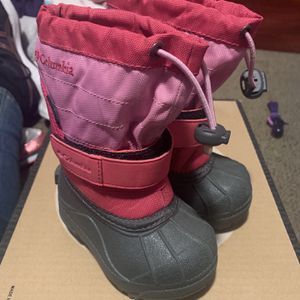 Columbia Toddler Snow Boots for Sale in Baldwin Park, CA