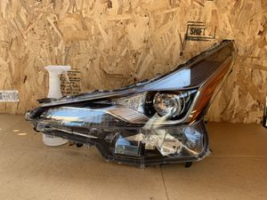 Headlight Prius 2019 2020 for Sale in Los Angeles, CA