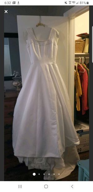 Wedding dress for Sale in Greenville, SC