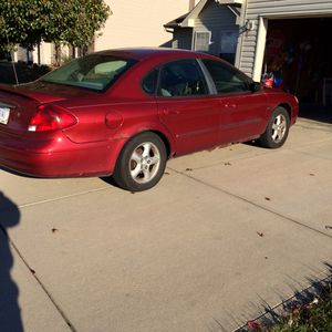 2001 Ford Taurus for Sale in Los Angeles, CA