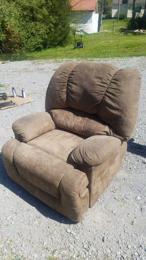 Microfiber recliner for Sale in Symsonia, KY