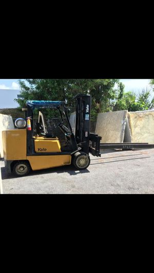 12,000 Pounds 2001 Yale Forklift for Sales for Sale in Miami, FL