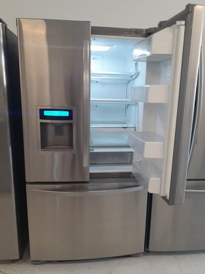 🔥🔥Kenmore//stainless steel refrigerator counter dept French door 90 days warranty 🔥🔥 for Sale in Mount Rainier, MD