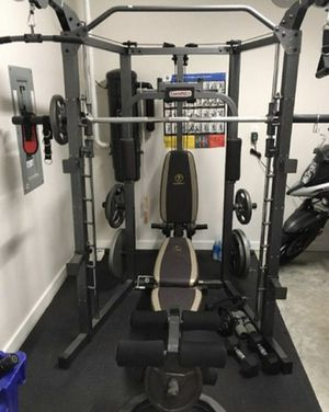 BEAND NEW SQUAT RACK POWER CAGE DELUX WITH BENCH BRAND NEW IN BOXES for Sale in San Diego, CA