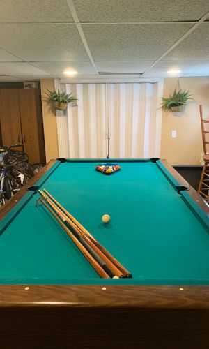 9' Pool Table & Accessories for Sale in North Providence, RI
