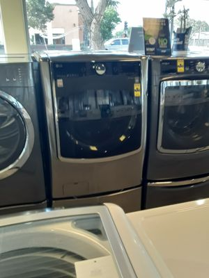 Washer for Sale in Bell Gardens, CA