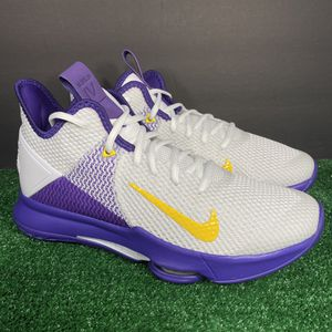 Nike Lebron Witness IV 4 Basketball Shoes Lakers White Purple Size 9 for Sale in Kissimmee, FL