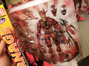 Marvel Select Carnage Action Figure Diamond Select for Sale in Los Angeles, CA