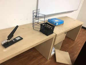 Office Desk(long). for Sale in Compton, CA