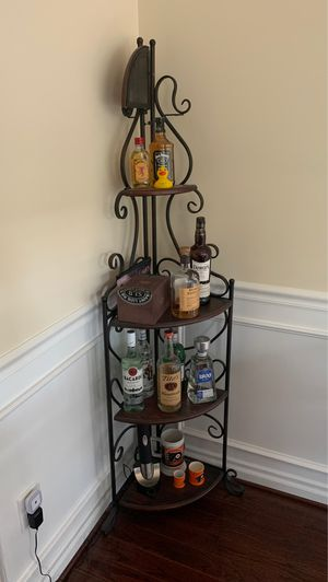5 tier corner shelf for Sale in Woodbury, NJ
