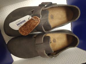 Birkenstock® London women's size 5, narrow fit for Sale in Sacramento, CA