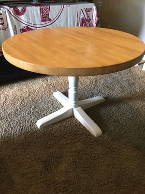 """Round butcher block table 42"""" for Sale in Huntington Beach, CA"""
