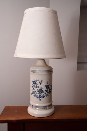 2 porcelain table lamps for Sale in Washington, DC