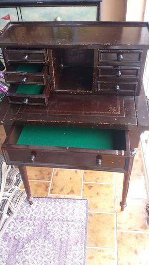 Small antique wooden desk for Sale in Miami, FL