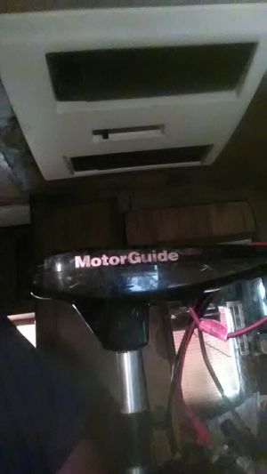 Motorguide trolling motor 30lb thrust 6spd,frd rev, works great for Sale in Wichita, KS