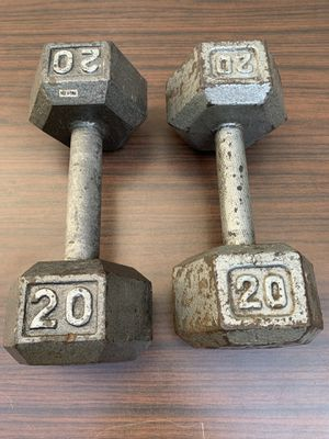1 pair of 20 lb dumbbells - 40lbs total for Sale in Barrington, IL