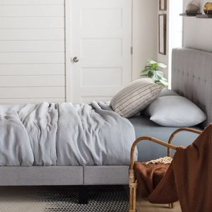 """TWIN Elmina/Peters Tufted Upholstered Low Profile Platform Bed in Gray. 45"""" H x 41"""" W x MSRP $148. Our price $85 + sales tax for Sale in Woodstock, GA"""