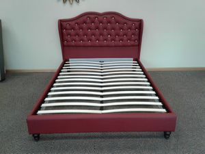 queen leather bed. brand new for Sale in Columbus, MN