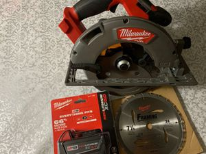 Circular saw 7 1/4 with battery for Sale in San Diego, CA