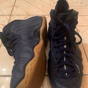 One Navy Gum Foam Size 10.5 Nike for Sale in Morrow, GA