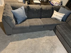 Sectional couch with pullout bed for Sale in Palos Hills, IL