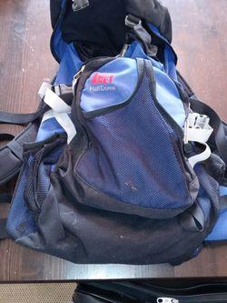 REI Half Dome Backpack for Sale in Centralia,  WA