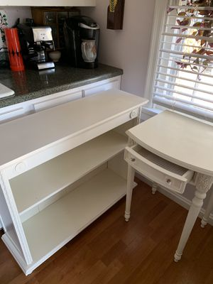 Bookcase & Side Table / Nightstand Price for Both for Sale in Cincinnati, OH