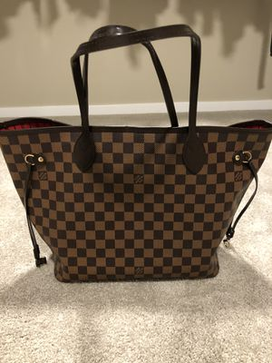 Louis Vuitton large Neverfull for Sale in Maple Valley, WA