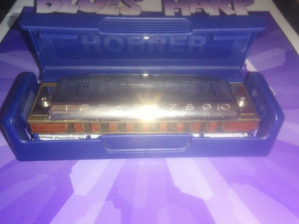 HOHNER HARMONICA AND HOW TO BOOK