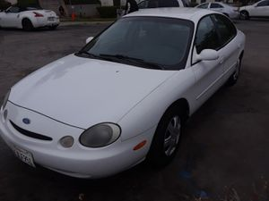96 FORD TAURUS for Sale in Los Angeles, CA