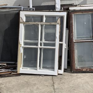 Vintage Windows for Sale in Los Angeles, CA