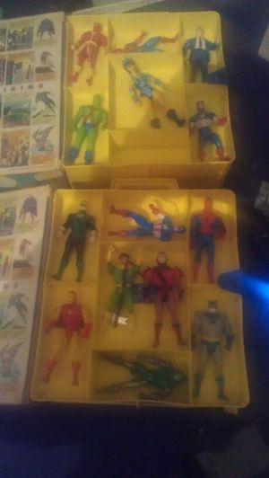Superheroe action figures and thermos for Sale in Imperial, MO