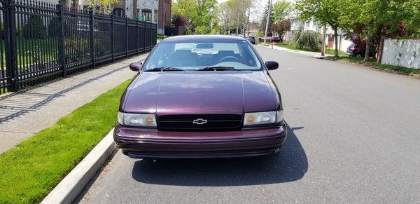 Super Charged 5.7L V8 1995 Chevrolet Chevy Impala SS Super Sport 52k low miles. Beast. Muscle Car. RARE. Corvette Engine
