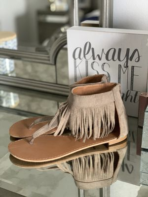 Fringe sandals for Sale in Lauderdale Lakes, FL