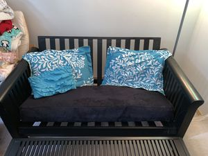 FUTON/ COUCH W/ TABLE for Sale in Lynnwood, WA