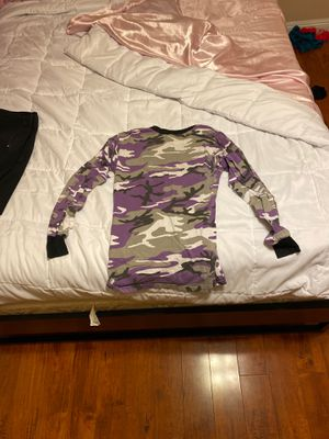 Medium purple camo shirt for Sale in Las Vegas, NV