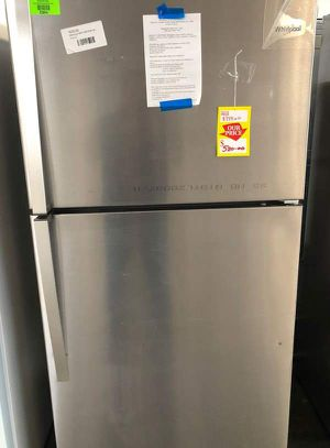 Whirlpool refrigerator JUVM for Sale in Vinton, TX