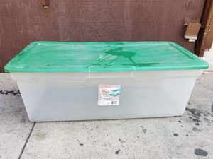 Sterlite plastic container 35 in Long 18 in wide 12 in tall Long Beach 90814 cash only for Sale in Long Beach, CA